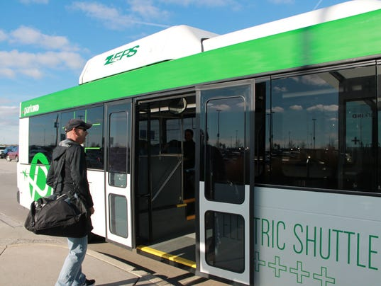 IndyStar stock airport stock airport shuttle stock travel