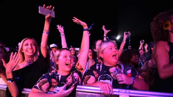 Fans cheer for Justin Timberlake at Pilgrimage Music & Cultural Festival Saturday, Sept. 23, 2017 at The Park at Harlinsdale in Franklin, Tenn.