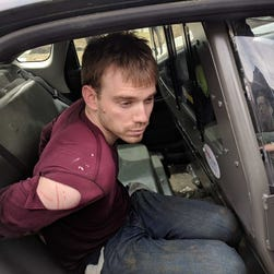 Waffle House shooting suspect Travis Reinking captured in woods with loaded silver handgun