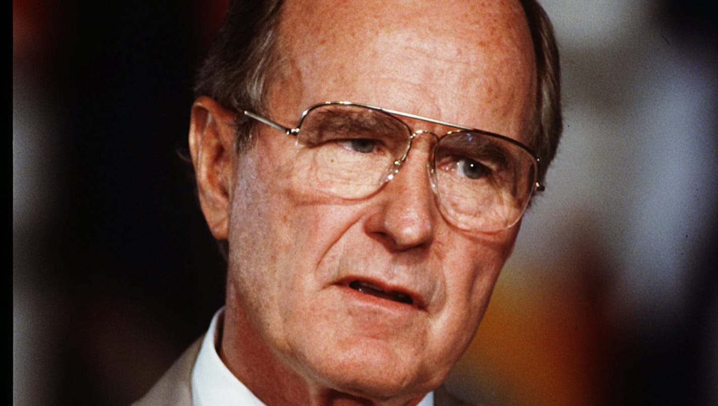 geo hw Was it a broken heart that landed george hw bush, the 41st president, in the  hospital just a day after the funeral of his wife, barbara.