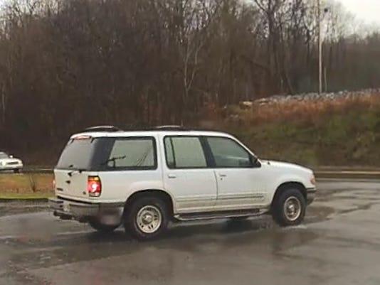 636675293778220018-1995-Ford-Explorer-4.jpg