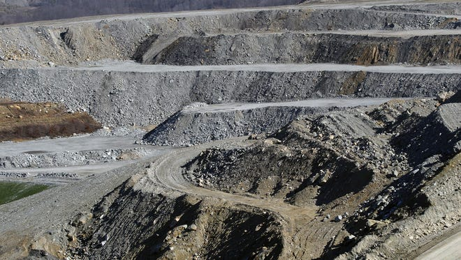 Part of the mining operation at the Thunder Ridge surface mine in Leslie County, Kentucky in 2008.