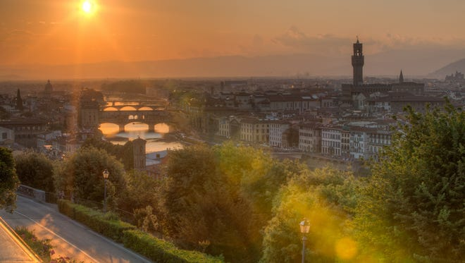 The 14 Day North Classic tour offered by Perillo stops in Florence, Italy.
