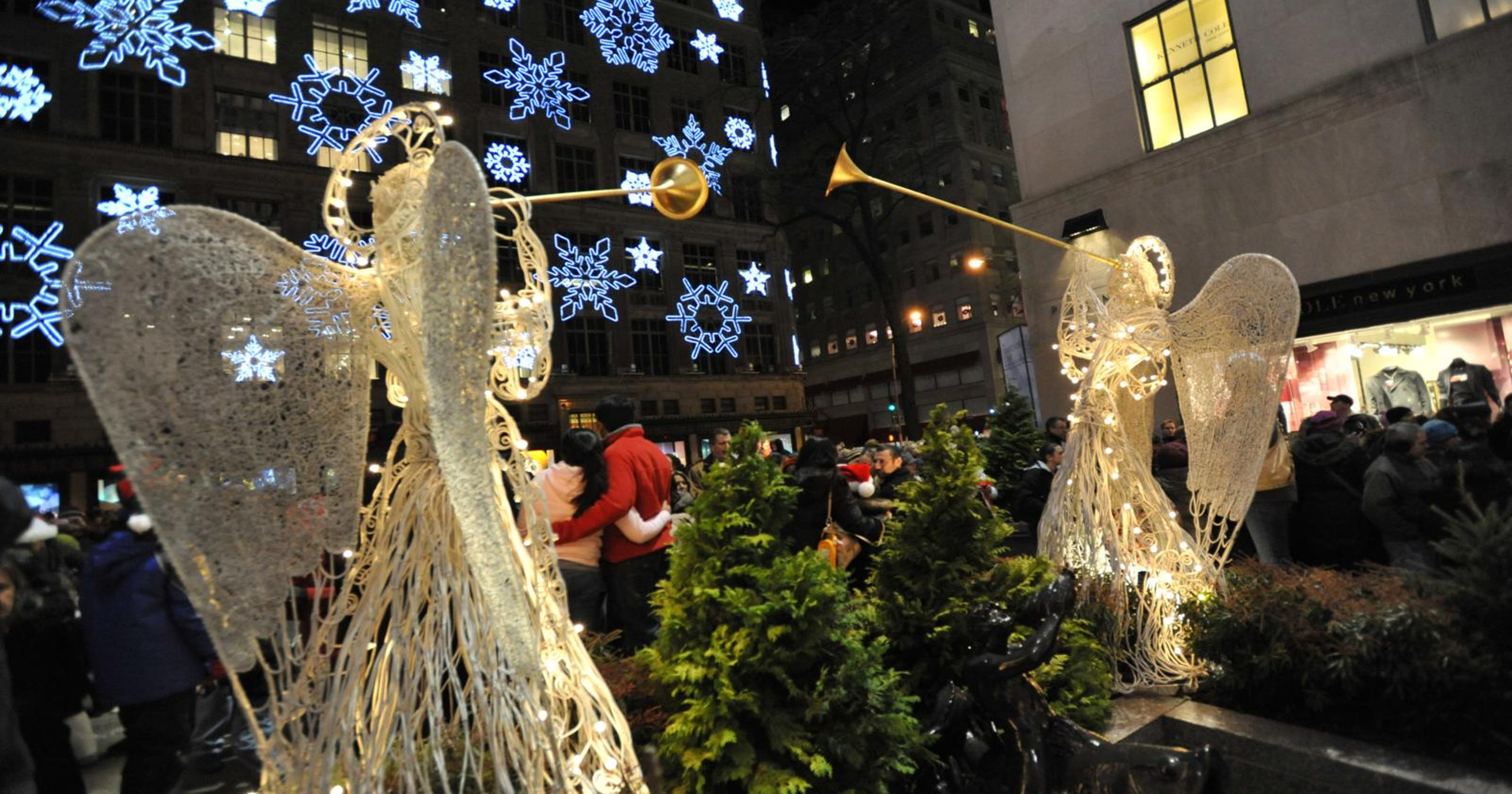 16 ways to spend the holiday season in ny