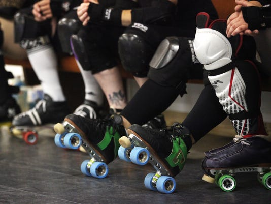 DERBY AUCTIONSkates