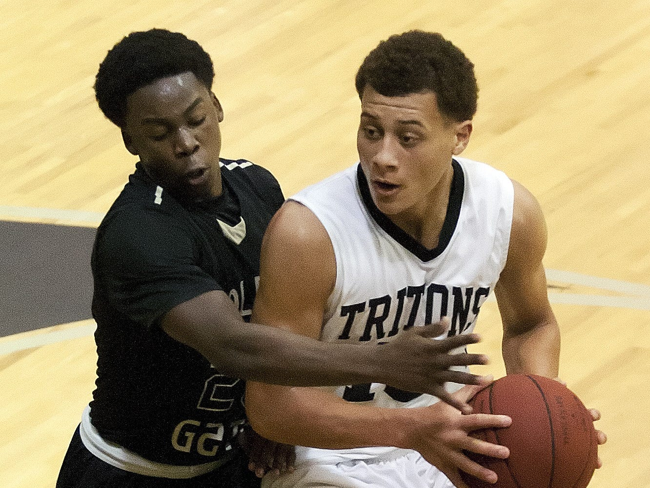 Jacob Tracey has transferred from Mariner to Riverdale in his sophomore season. Will it make a big difference?