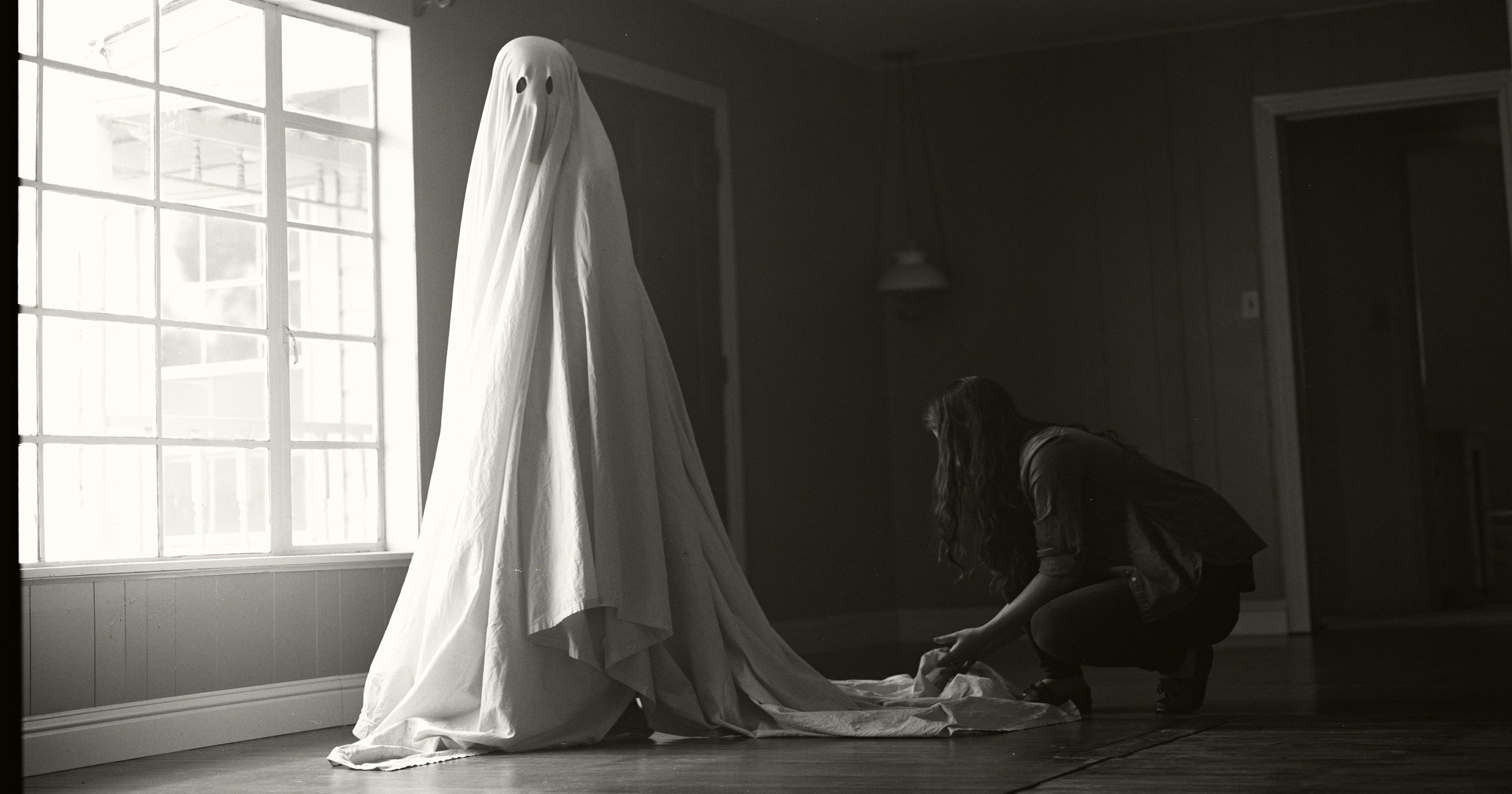 Casey Affleck's 'Ghost Story' costume required more than a sheet