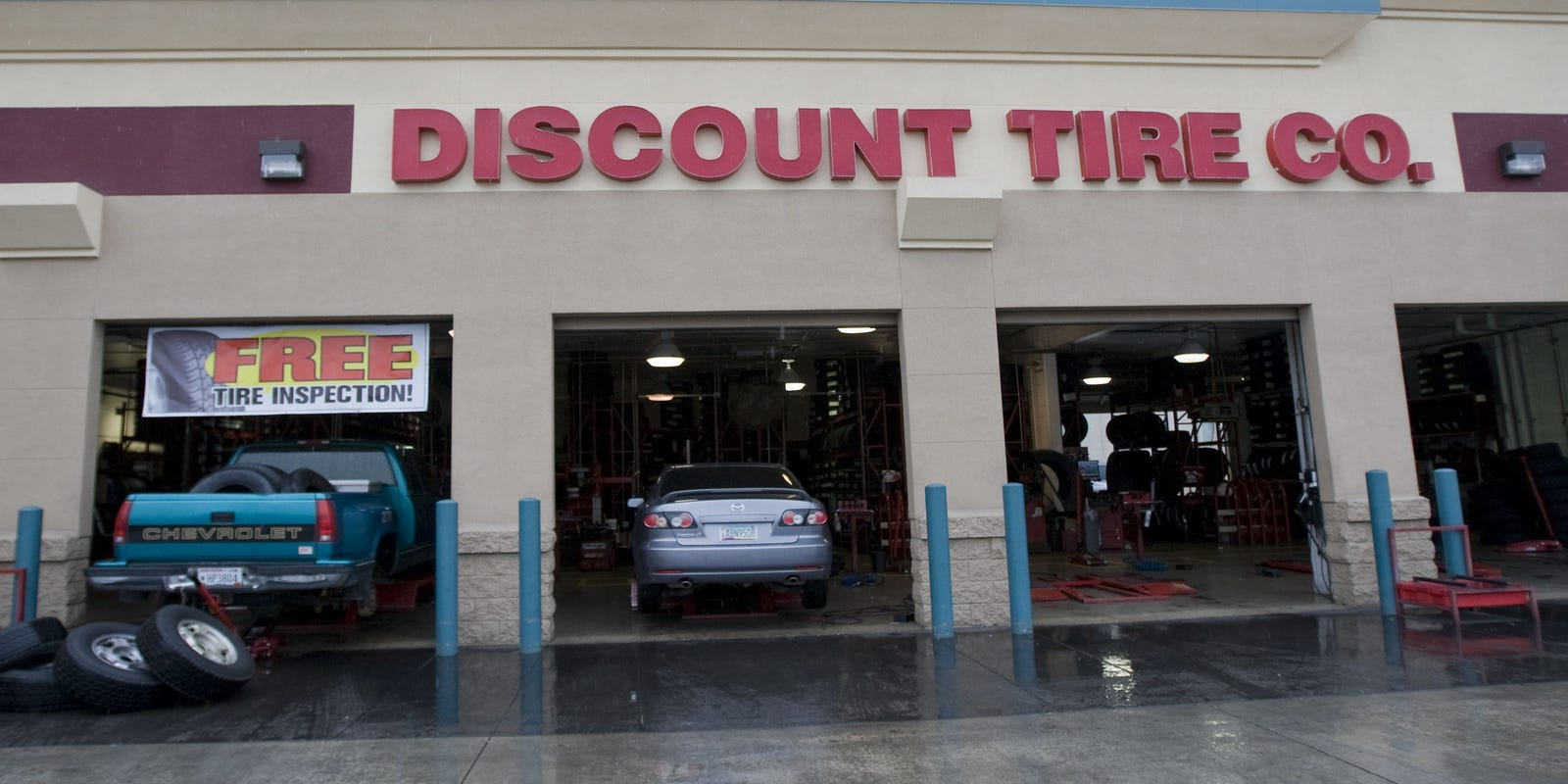 Discount Tire Store Hours >> Discount Tire Commercial Is Longest Running Tv Ad