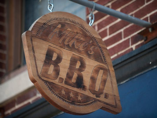 Dining review:  Mike's BBQ
