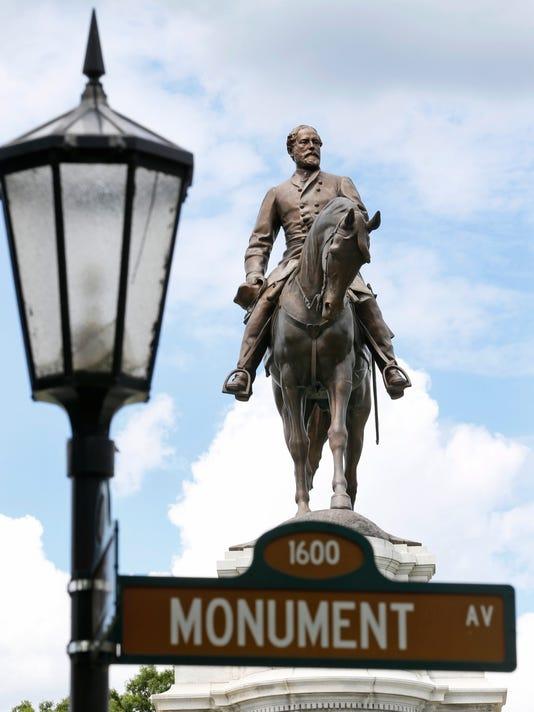 Lee on Monument Avenue