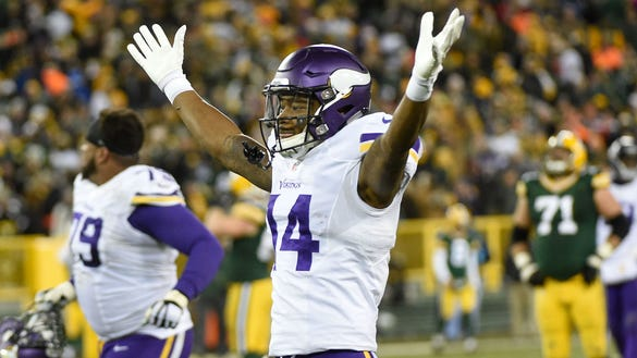 Fantasy Football Studs Duds Leave Stefon Diggs On Bench