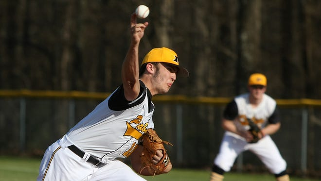 Peabody's William Woods (10) pitches against Gibson County at Peabody High School in Trenton, Tenn., on Monday, March 20, 2017.