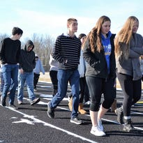 Oconto County students remember Florida school shooting victims