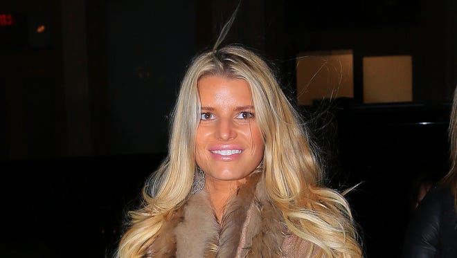 Jessica Simpson  arrives at her hotel on Jan. 6 in New York City.