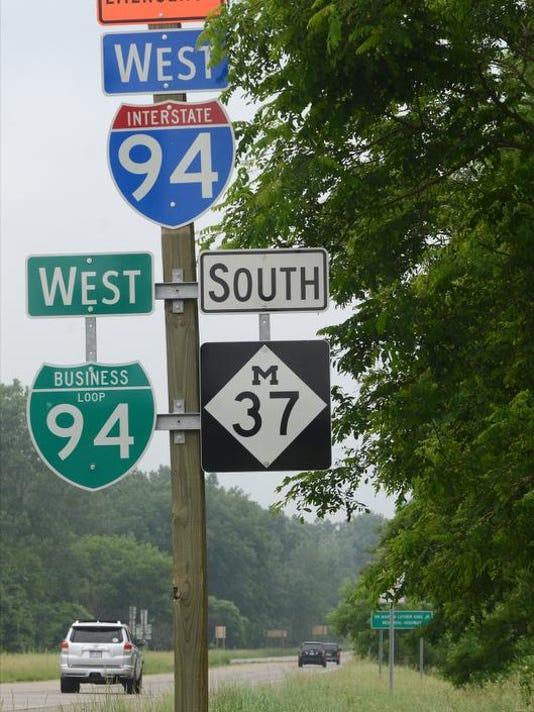 Close this road 1.jpg