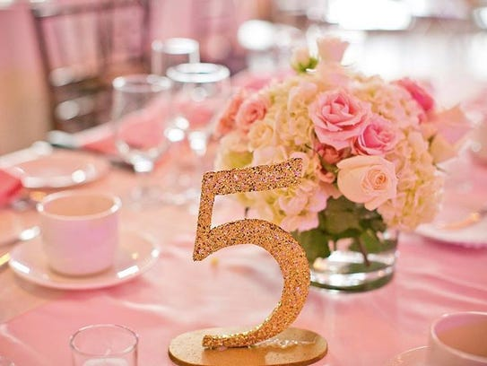 Lucille's Floral of Fishkill creates an array of centerpieces.