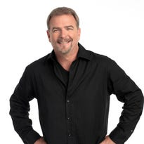 Comedian Bill Engvall to perform in Oshkosh