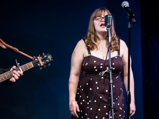 """Carrie Young sings with """"Johnny Cash"""" during Hillcroft's"""
