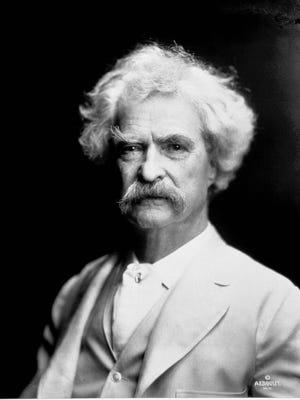 Mark Twain in 1907.
