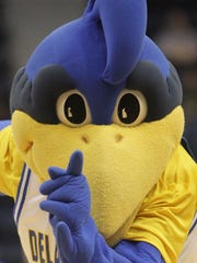 The University of Delaware mascot, YoUDee.
