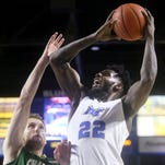 Blue Raiders recover from slow start, top Charlotte