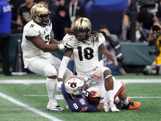 ATLANTA, GA - JANUARY 01:  Shaquem Griffin #18 of the