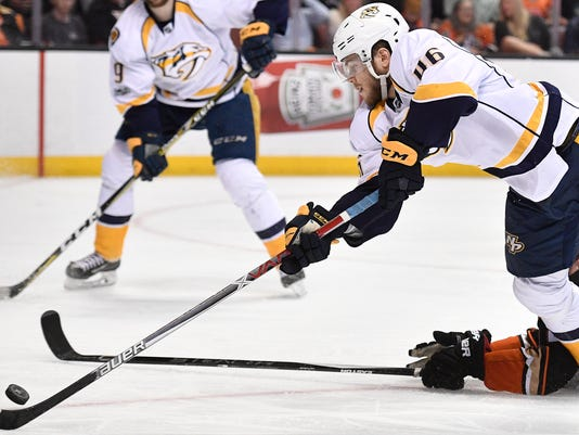 NAS-Predators @ Ducks game 5-037