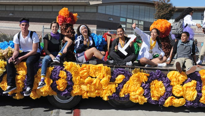 Salinas High School held its Homecoming Parade on West Alisal Street Friday afternoon.