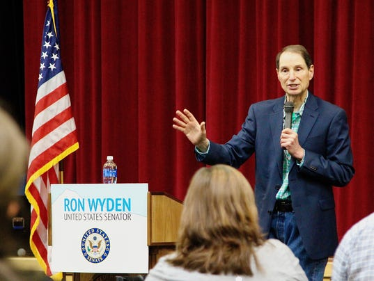 Senator Ron Wyden Polk County town hall