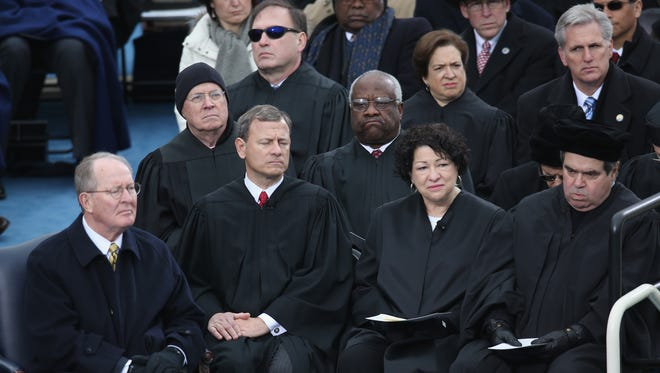 Supreme Court justices attended President Obama's second inauguration in 2013 and are expected back this year, despite a Democratic boycott.
