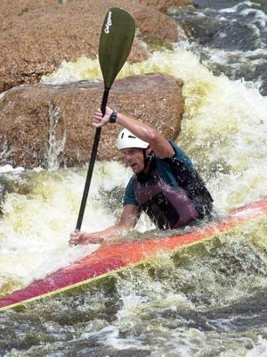636065922836898137-kayak.jpg