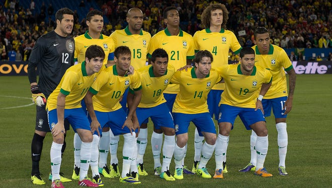 The starting eleven of Brazil before a friendly soccer game against Chile in November of 2013.