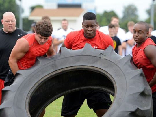 Trey Smith, seen here during a lineman competition