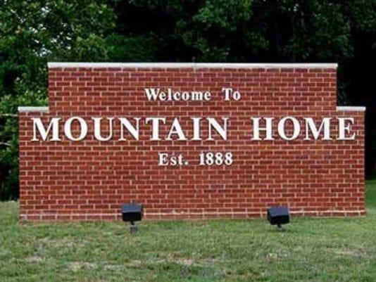 mountainhomesign.jpg