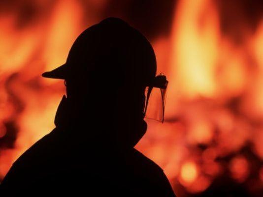 LANSING APT FIRE.jpg