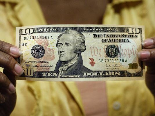 635705906678467239-AP-Bernanke-Currency