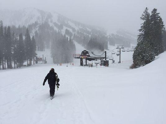 REN1022 ap tahoe ski resort