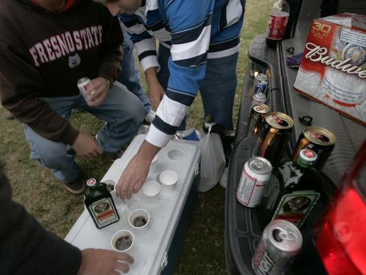 tailgate, party, drinking, alcohol