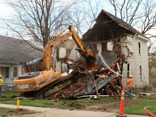 City Council is set to convene a public hearing Monday evening over a controversial $250 million bond proposal to wipe out blight that could go before city voters this spring.