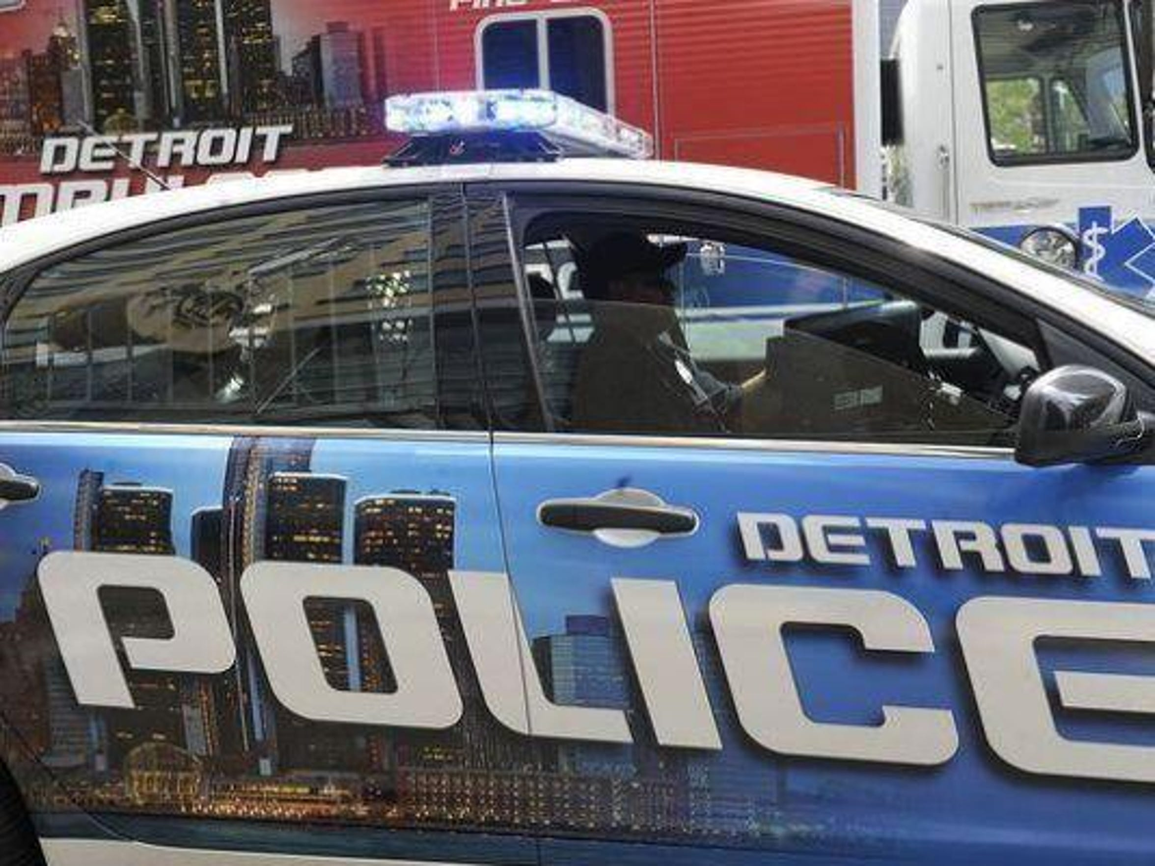 Since 2013, Detroit Police has teamed with the FBI's Violent Gang Task Force, which includes personnel fromHomeland Security Investigations and Michigan State Police.