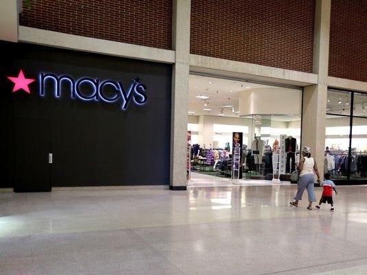 SOK Macy's Closing.jpg