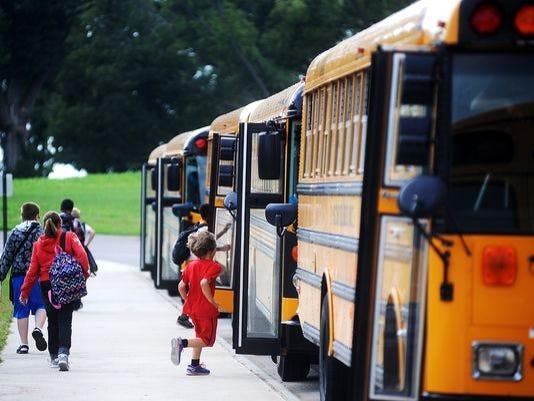 635572773665886941-schoolbus.jpg