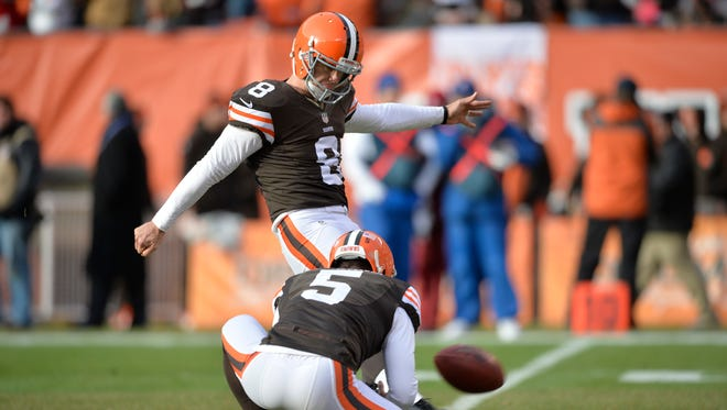 Kicker Billy Cundiff kicks an extra point during the 2014 season for the Browns.