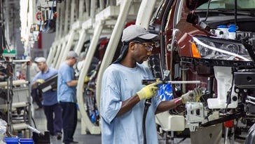 Workers at the Volkswagen Chattanooga plant in 2013. That year the state offered Volkswagen about $300 million in grants and tax credits, as part of an expansion plan.