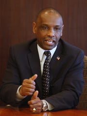 Cecil Thomas, a former Cincinnati councilman, is Democrats' candidate to replace state Sen. Eric Kearney.