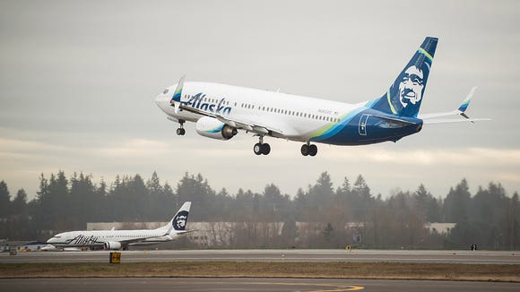 An Alaska Airlines Boeing 737-800 takes off from Seattle-Tacoma