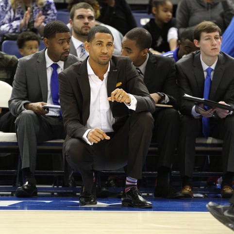Tennessee State's Dana Ford thriving as college basketball's youngest coach