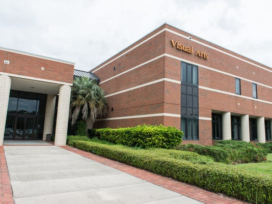 635577117846110404-UCF-Buildings-Visual-Arts-building-front
