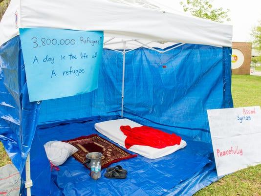 635629172802000832-Syrian-Refugee-Tent-shelter