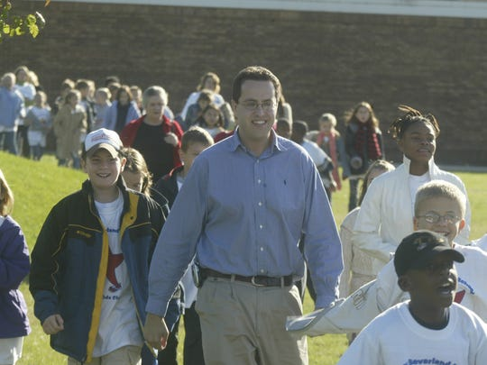 Jared Fogle is shown making an appearance at Amy Beverland